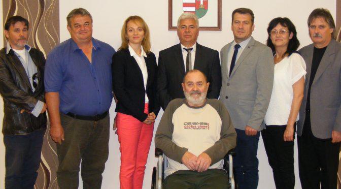 A polgármester és a megválasztott képviselők ünnepélyes keretek között tették le esküjüket